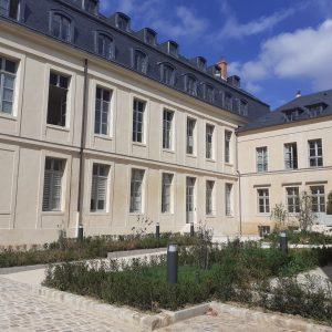SA HLM IRP_Résidence pour étudiants_Versailles L'Orangerie_Vue extÇrieure_Cour
